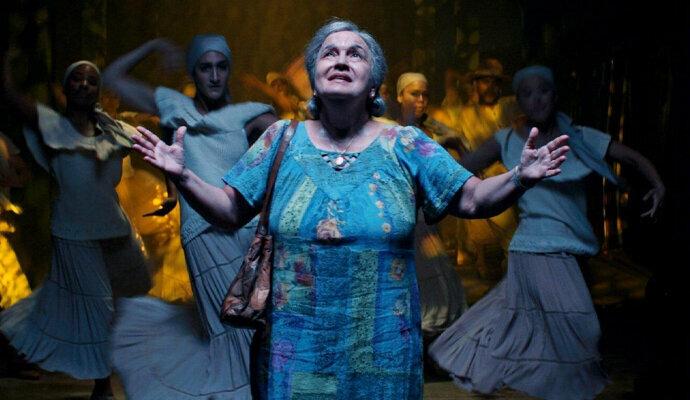 Semua menangis ketika Olga Merediz bernyanyi