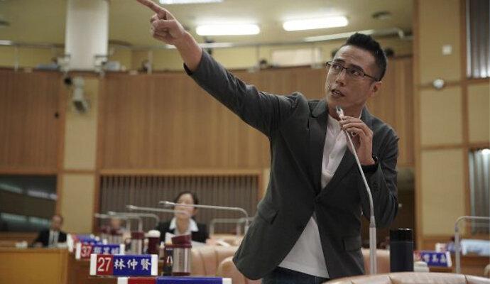 Kaiser Chuang, pemeran Yang Chi-Hsiao, politisi dengan problem pelik yang bisa mengancam kariernya